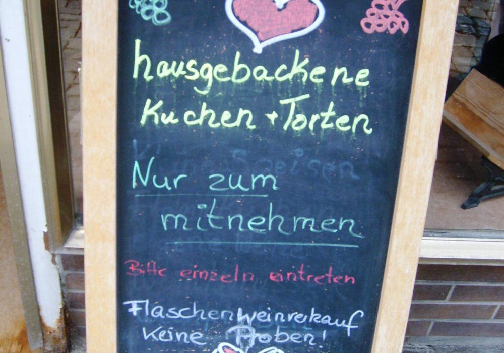 "gewusst wie:  Sabine backt ""Kuchen to go"" !"